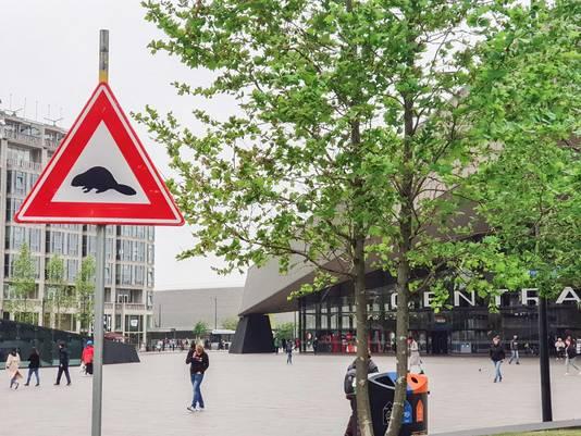 Een voorbeeld van de verkeersborden van Gelderse Streken, deze staat in Amsterdam.