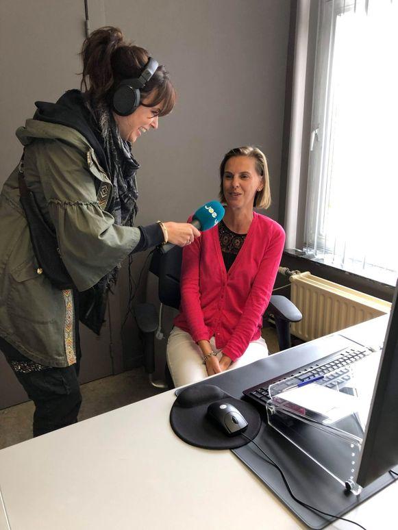 DJ Tess Goossens verraste Sofie op haar werkplek.
