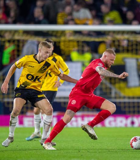 NAC-verdediger Van Hecke genoot van duels met Verheydt: 'Hij is één blok beton'