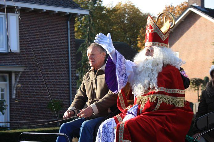 Een eerdere intocht van Sinterklaas in Zeilberg.