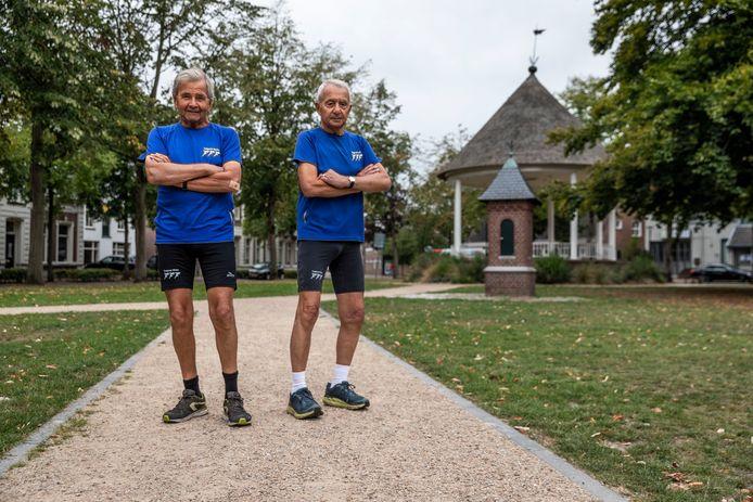 Cor Versmissen (links) en Huub Verhees uit Waalre lopen samen heel wat kilometers hard.