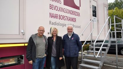 De Mammobiel staat zes weken lang in Sint-Pieters-Leeuw