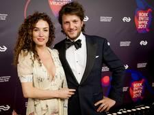 Parade van celebrities op Boekenbal met erotisch sausje