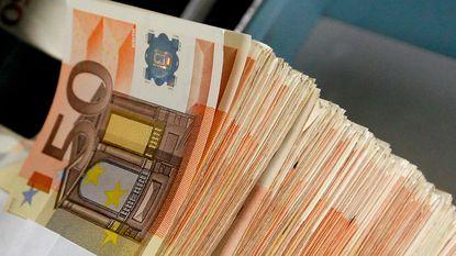 Vrouw veinst kanker en troggelt 2 miljoen euro af