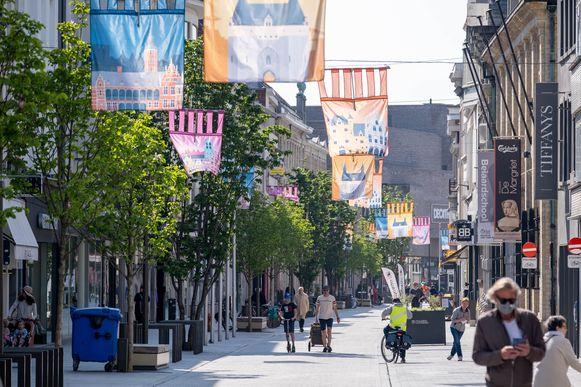 De Bruul in Mechelen. Eén op de drie bedrijven in de regio Mechelen-Kempen draait minder omzet door de verstrengde coronamaatregelen