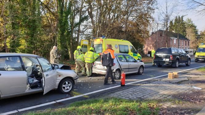 Drie voertuigen betrokken bij kop-staartaanrijding op Oosterwijkseweg