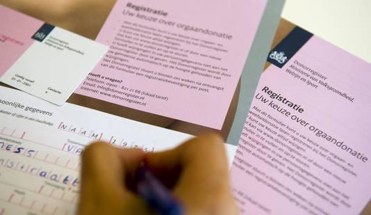 Wie donor wil worden, moet zich registreren. In het plan van D66 is iedereen automatisch donor, tenzij je bezwaar maakt.