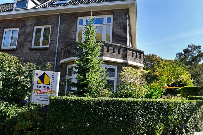Een verkocht huis aan de Hobbemastraat in Nijmegen.
