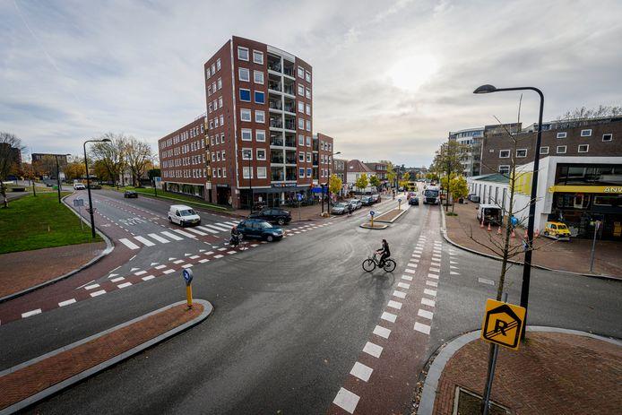 De kruising Kuipersdijk-Mooienhof in Enschede is het gevaarlijkste kruispunt van de provincie