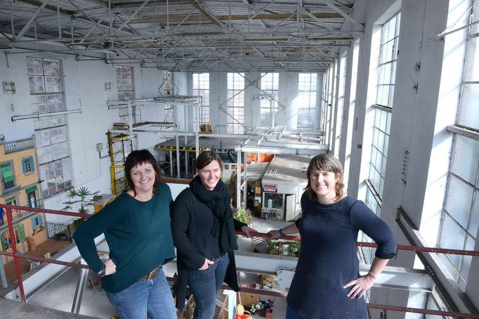 Suikerfabriek Bietje Koekoek is de locatie komend weekend van het foodfestival met vlnr Petra Wevers, Anneke Zoon en Kariene van Steenoven . Foto Jan Stads / Pix4Profs