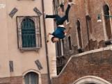 Freerunnerontdekt al rennend en springend het mooie Venetië