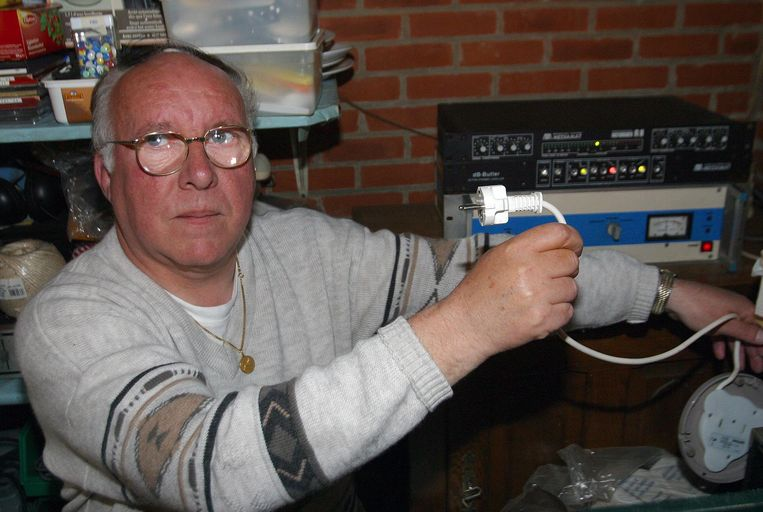 Jan Mertens, oprichter van Radio Gompel, is aangedaan door het voorval.