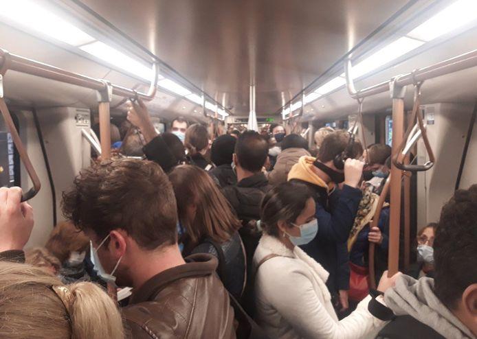 Les métros sont particulièrement impactés par le mouvement syndical.