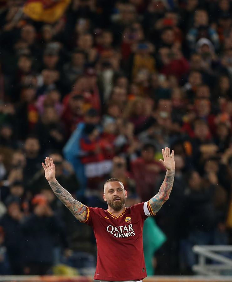 Daniele De Rossi bedankt de fans van AS Roma.