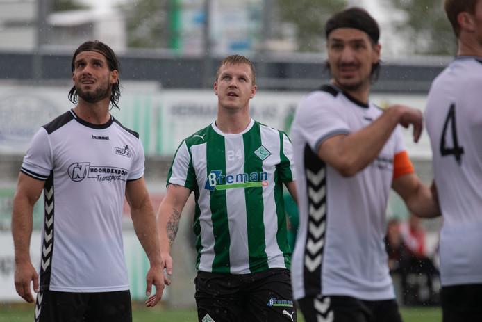 Martijn van der Laan keert komend seizoen bij SC Genemuiden terug op het veld. De verdediger speelde anderhalf jaar geleden zijn laatste duel.