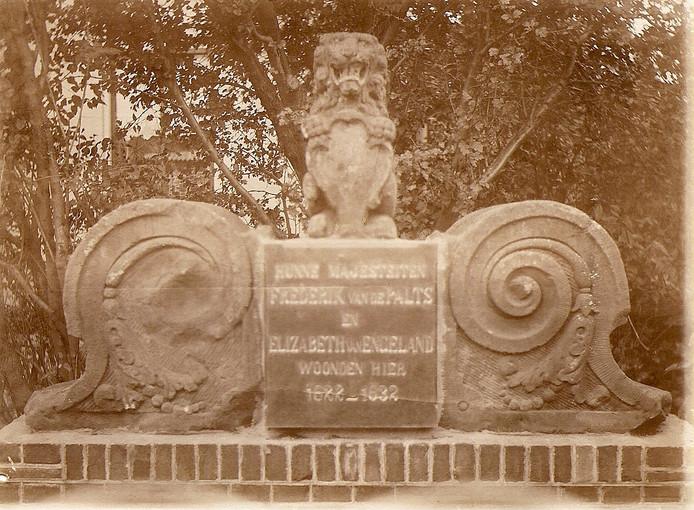 Het monument voor koning Frederik V van de Palts.