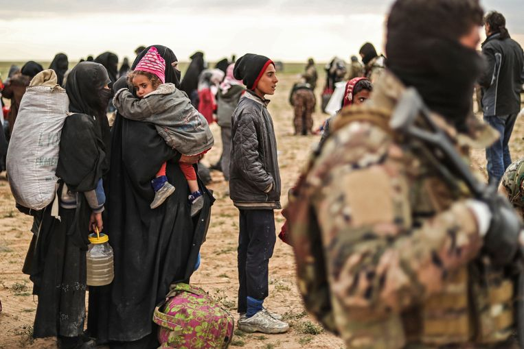 De laatste weken zijn honderden burgers gevlucht uit Baghouz.