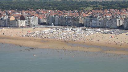 Prijzen van appartementen aan de kust dalen, behalve op de dijk