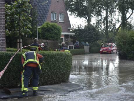 Bewoners Schoonhovense straat hebben weer water na lek