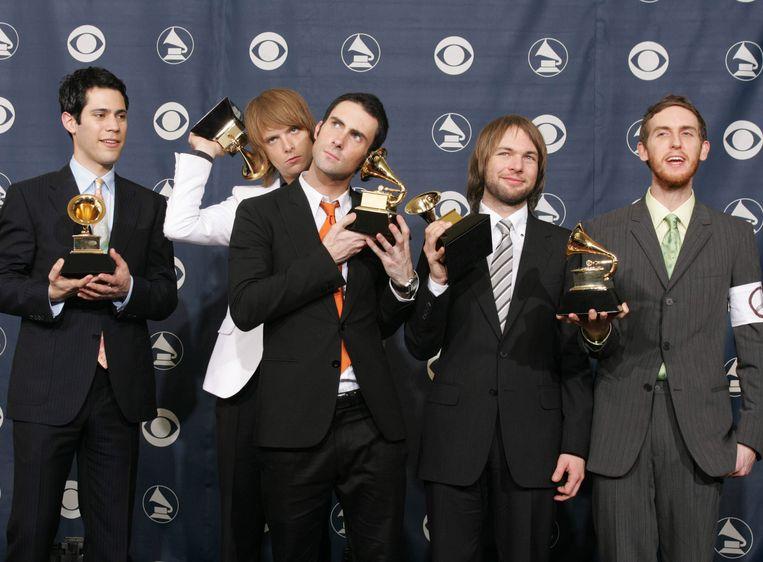 Maroon 5. Van links naar rechts: Ryan Dusick, James Valentine, Adam Levine, Mickey Madden en Jesse Carmichael.