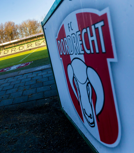 FC Dordrecht blijft hopen op nieuw stadion, ondanks uitblijven financiële steun gemeenteraad