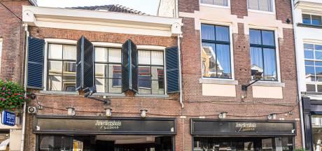 Gemeente Zwolle laat roof op Joodse goederen onderzoeken: 'Zulke fouten mogen niet nog eens gemaakt worden'