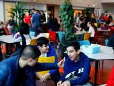 School in Leerdam verbiedt mobieltjes: 'Nu is de pauze verpest'