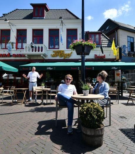 Eindelijk het terras weer op in Twente: 'Waarom wachten? We willen meteen'