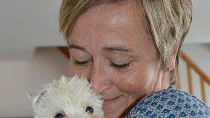 Vermiste verpleegster die ontsnapte gevangene onderdak bood gewurgd teruggevonden. Twee verdachten opgepakt
