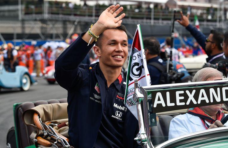 In de zeven races die Albon voor de Oostenrijkse renstal reed, eindigde hij alle keren bij de eerste zes. Hij scoorde in totaal 68 punten, meer zelfs dan Verstappen. Beeld AFP/Pedro Pardo