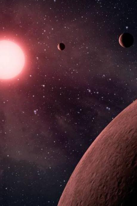 Honderden planeten ontdekt: 10 met kans op leven