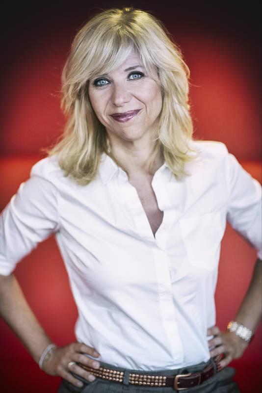 Claudia de Breij staat met haar 'Oudejaarsconference 2019' drie dagen in Stadsschouwburg Nijmegen: van 14 t/m 16 november. De kaartverkoop begint op 7 september.