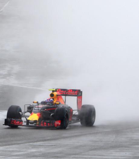 Max op Silverstone: buitenom bij Rosberg en knokken met Vettel
