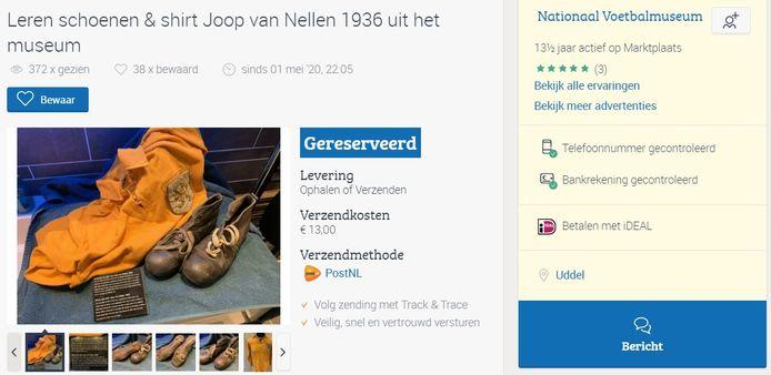 Schoenen en shirt van oud-Oranje international Joop van Nellen werden op Marktplaats aangeboden.