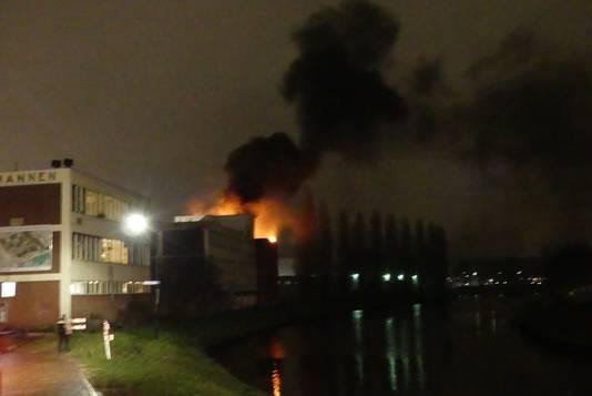 Grote brand vrijdagavond in het Knopjesmuseum.