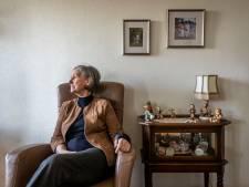 Cissie Honings (73) valt in C&A Helmond en heeft er maanden later nóg last van