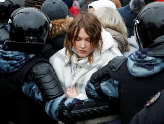 Russische politie pakt in heel het land ruim 3.300 aanhangers oppositieleider Navalny op