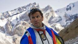 Wereldberoemde basejumper Valery Rozov maakt fatale sprong vanop 6.700 meter