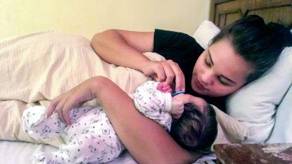 """Onverwachts bevallen Britt (18) en haar baby nog altijd vast in Egypte: """"Geen idee hoe dit afloopt"""""""