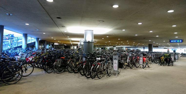 De fietsenparking onder het Astridplein in Antwerpen.