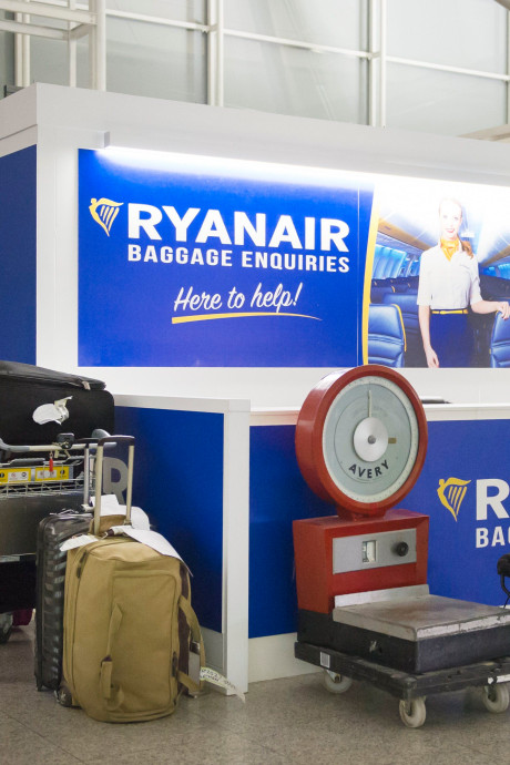 Un tribunal ordonne à Ryanair de supprimer le supplément pour les bagages en cabine