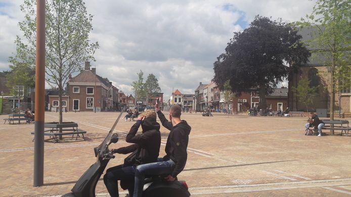 Vanaf 1 juni mogen ook op de net vernieuwde Markt in Zevenbergen terrasjes komen te staan, uiteraard als ze voldoen aan de gezondheidsvoorschriften van het RIVM.