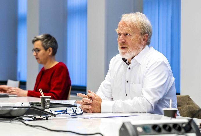 Jaap van Dissel, directeur van het Centrum Infectieziektebestrijding van het RIVM, voorafgaand aan een vergadering van het Outbreak Management Team (OMT).