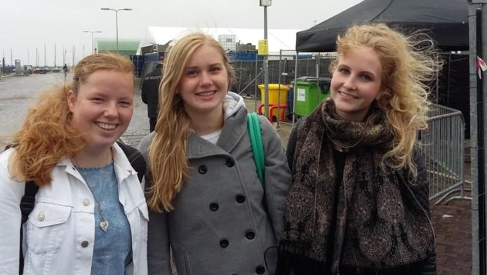 Vlnr: Klaske Bajema (22) Stavoren, Jessica Attema (17) Harlingen, Hiltje Bekkema (17) Drachten.