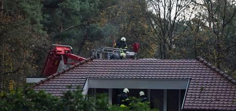 Bovenverdieping verwoest na grote brand in villa van cabaretière in Oisterwijk