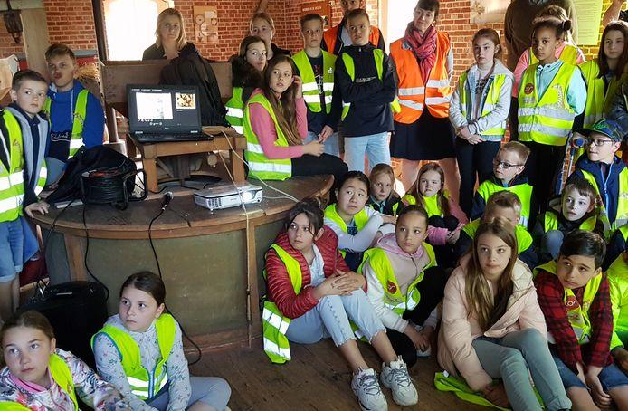 De leerlingen van 't Dreefke in Meersel-Dreef kregen de film in première te zien.