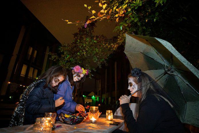 Halloween aan de Ree in Veldhoven.