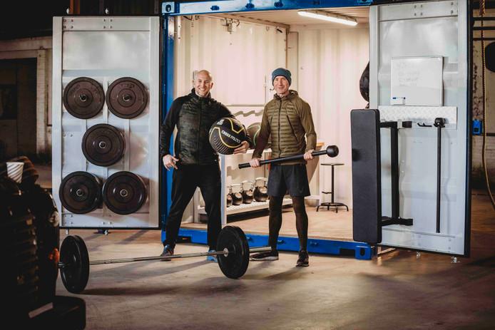 Jelle Rietveld (links): ,,Twee parkeerplekken, meer neemt de gymboxx niet in beslag.''