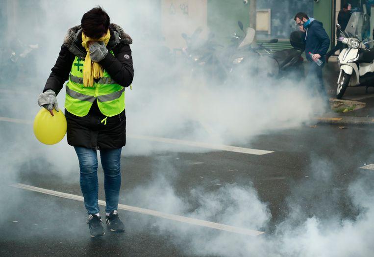 Aan de Porte de Champerret moest de politie al traangas inzetten.