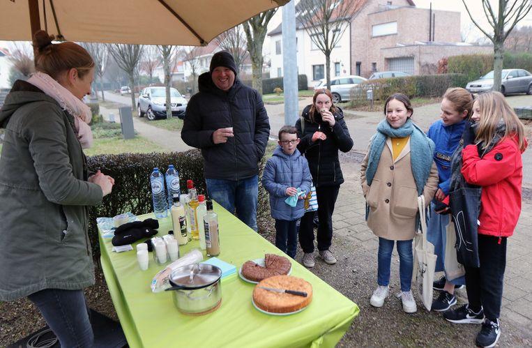 Ook in Herentals trokken heel wat zangertjes de straat op.  Hier en daar werden ze getrakteerd op chocomelk en cake.